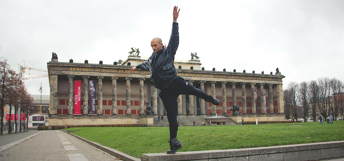 Dancer Paulio Sovari at Old Museum in Berlin